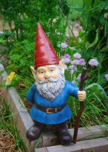 garden gnome beckons